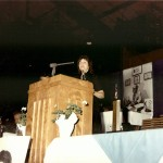 Linda Renzi speaks during the 1990 hall of fame banquet.