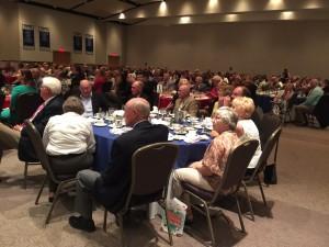 banquet crowd 1
