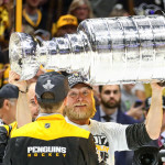 Chris Stewart hoists Stanley Cup 2017